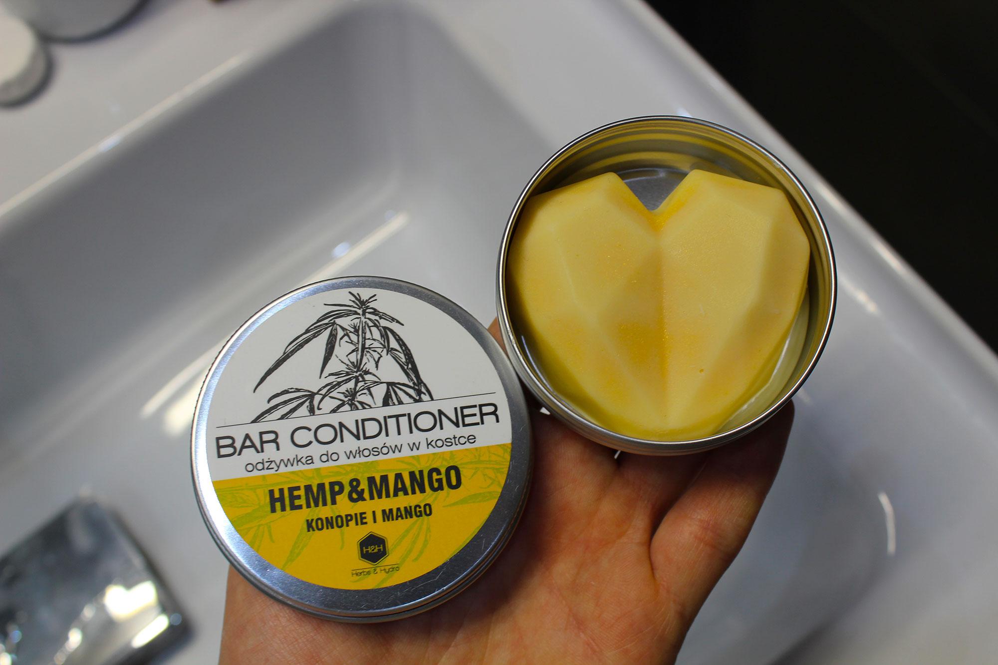 Odżywka w kostce konopie i mango Herbs&Hydro